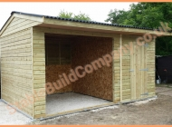 Field shelter with tack room